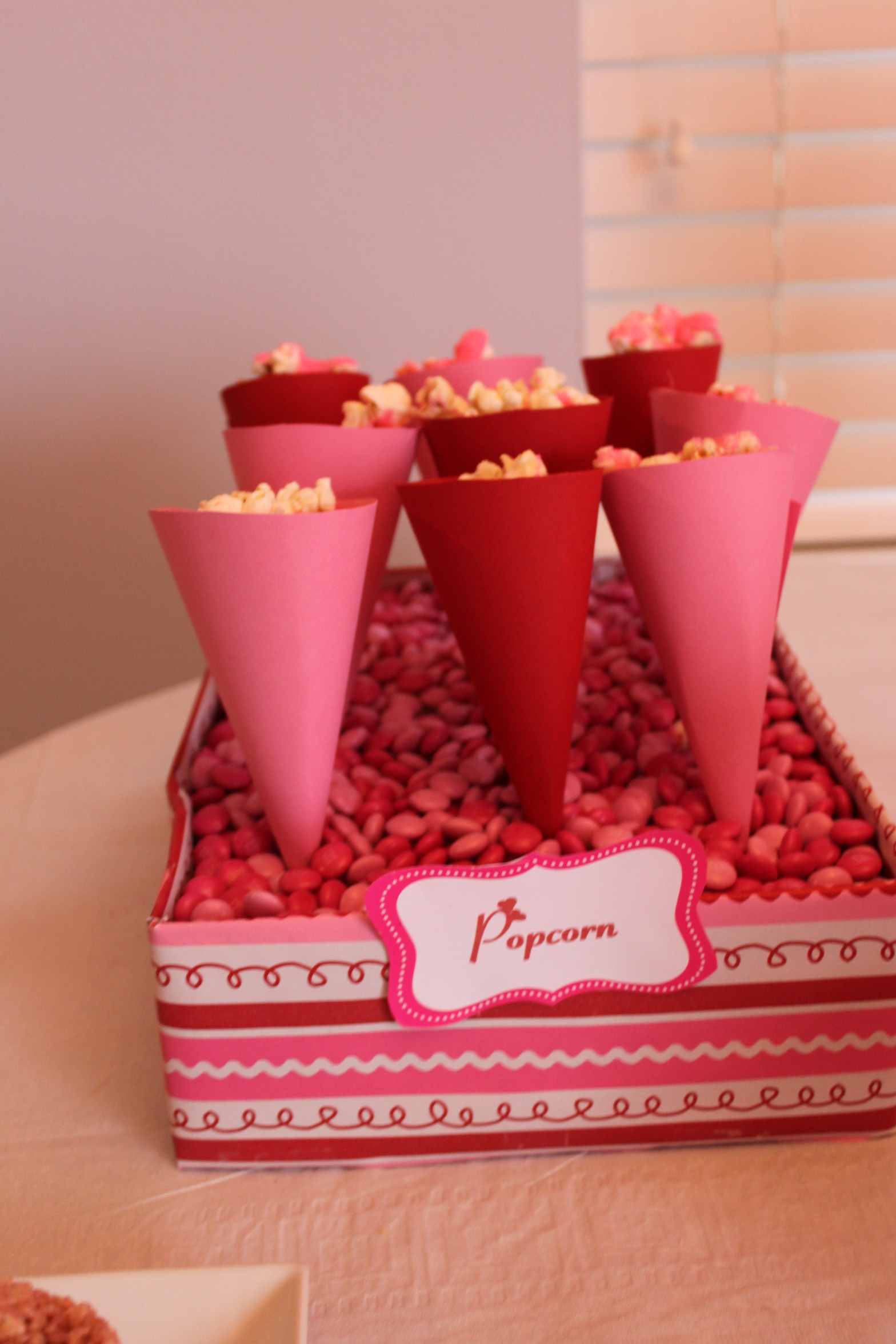 Cupcake Party | Partying with the Princesses