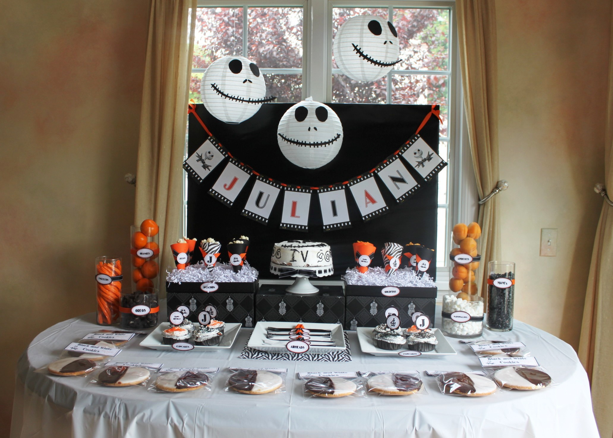 a nightmare before christmas party partying with the. Black Bedroom Furniture Sets. Home Design Ideas